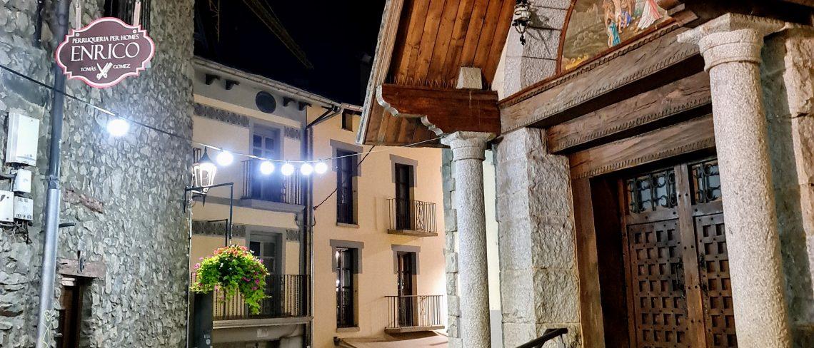 RESTAURANT ARROSSERIA ANDORRA Al costat del Comú d'Andorra la Vella Tel. +376826000 - Al carrer de la Vall, 1 - Andorra la Vella - RESTAURANT ARROSSERÍA ANDORRA MARISCADES ARRÒS CALDOS, PAELLA D'ESCOPINYES PAELLA DE GALERES, PAELLA DE LLAMÀNTOL, ESPECIALISTES EN ARROSSOS CALDOSOS i PAELLES D'ESCOPINYES.
